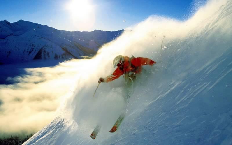 Ejercicios de esquí de base a viraje conducido.