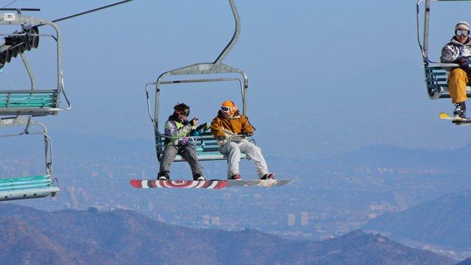 El Colorado lidera alza en precios de tickets para esquiar