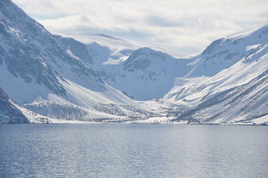 La vista enfrente de la mina... solo en ese trozo se pueden esquiar múltiples lineas