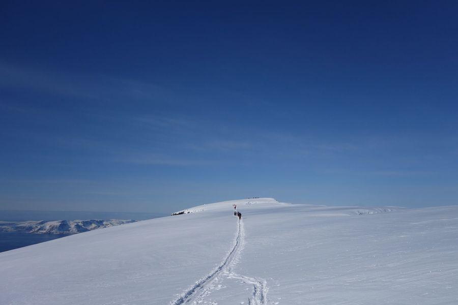 El largo y suave camino a la cima...     foto@kjellellefson