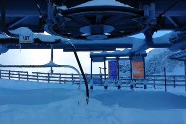 Pajares adelanta su temporada de esquí al sábado