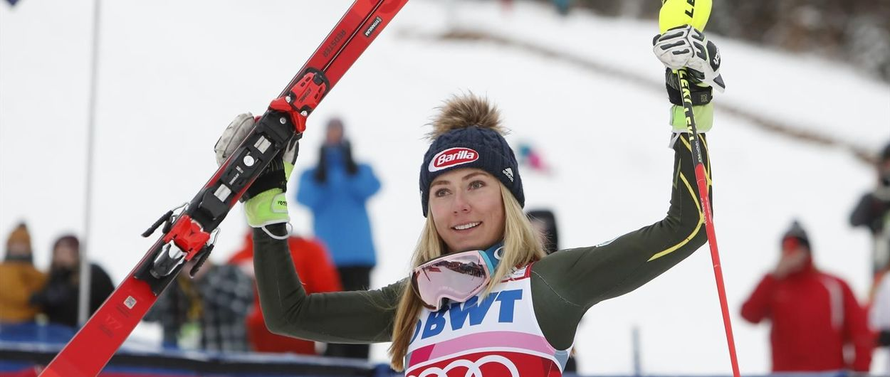 Mikaela Shiffrin gana el slálom de Killington y alcanza a Anne Marie Mosse-Pröell