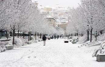 Acaba la 'primavera': temperaturas se desploman y vuelve la nieve