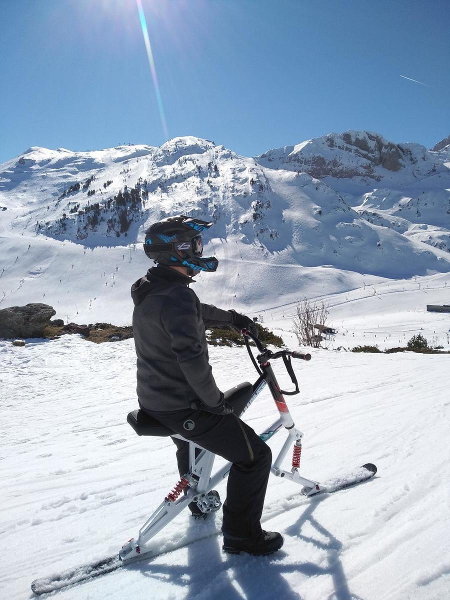 bicis, bicicletas, esquis, skis, skibikes,