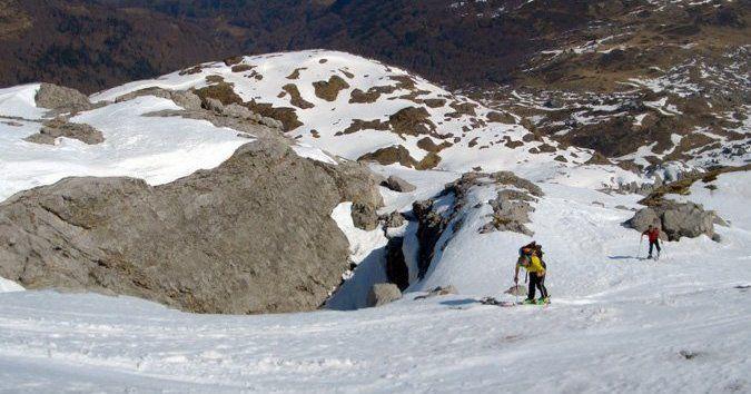 Al Pico Tuca Blanca (2322 mts) por Loma Verde