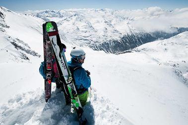 El boom del esquí de montaña en los Alpes se traslada a los Pirineos