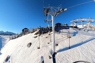Indemnizado por el golpe de un telesilla en la estación de esquí de Candanchú