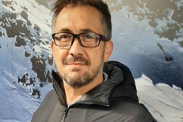 La FIS premia a Santiago Sevilla, Director de Comunicación de Cetursa-Sierra Nevada