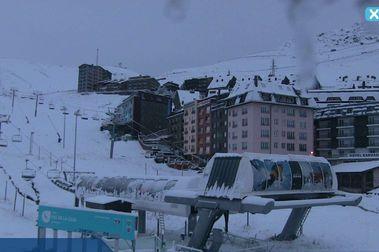 Las estaciones de esquí de la península vuelven a cubrirse de nieve
