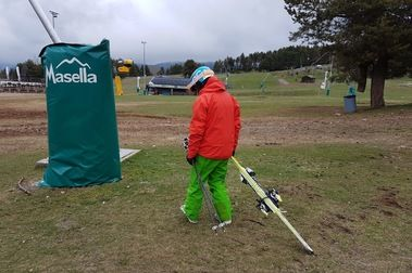 """10 cosas que debes hacer al terminar la temporada de esquí...y así, llevar mejor el """"mono""""."""