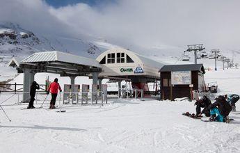 Alto Campoo dobla el número de esquiadores del año pasado