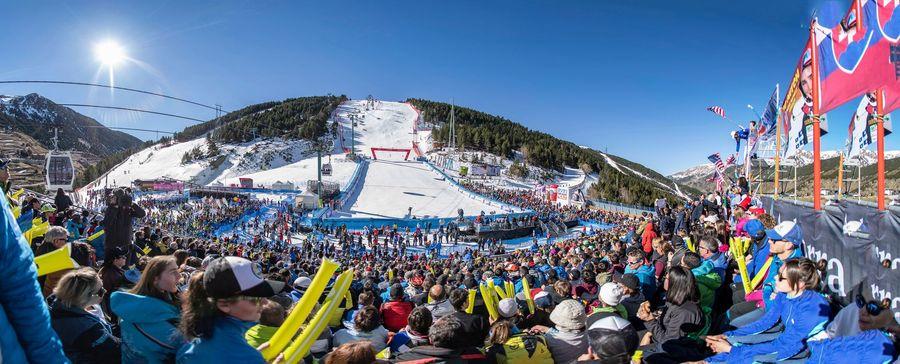 Linea de meta copa del mundo esqui alpino grandvalira soldeu el tarter
