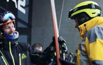 Fischer regaló esquís a los primeros esquiadores del año