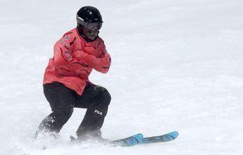 Récord del mundo de velocidad esquiando con camisa de fuerza
