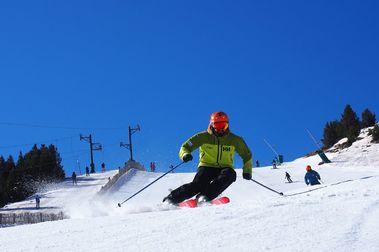 Masella amplia su temporada de esquí y seguirá abriendo pistas en abril