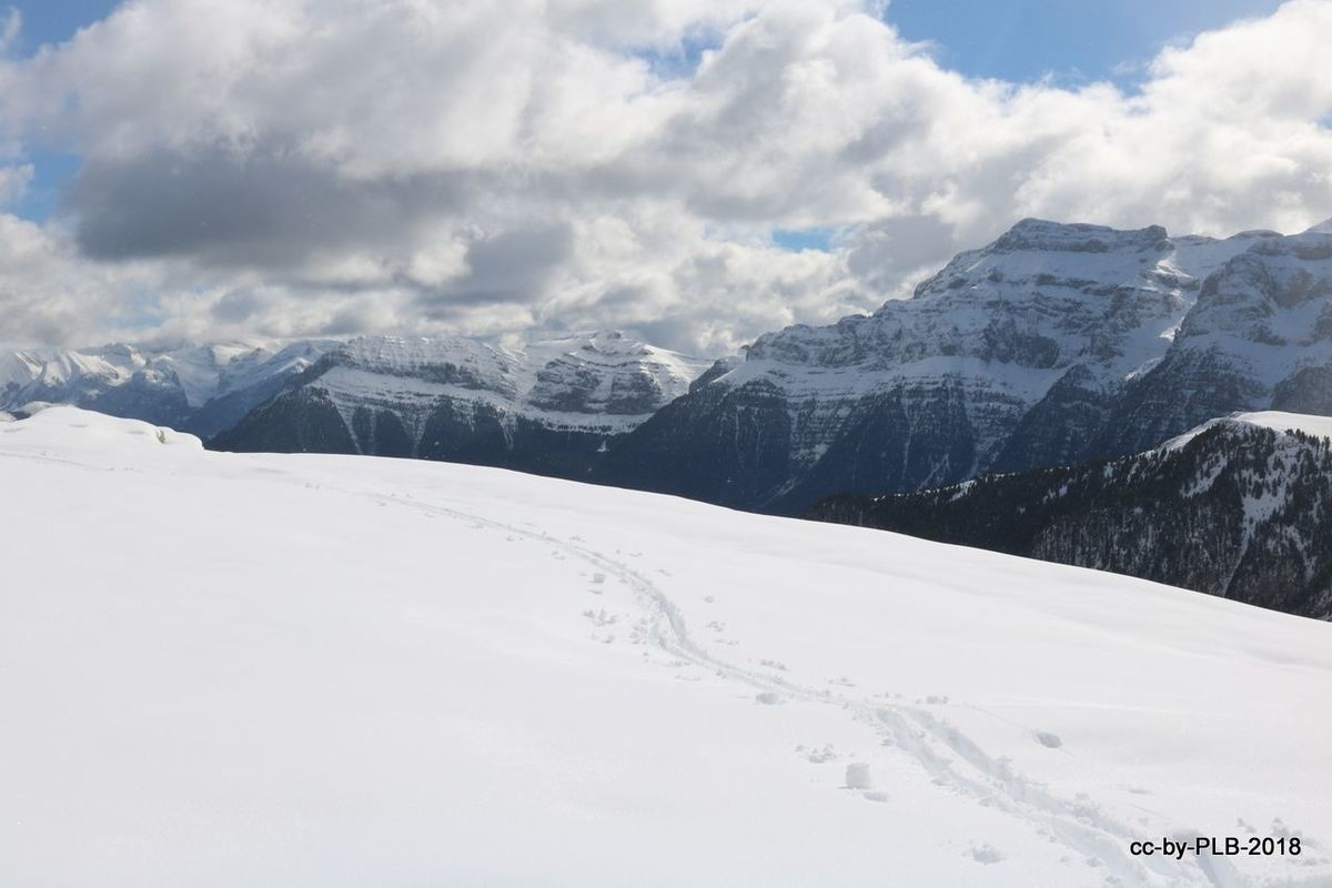 Puente de los Santos 2018 esquiando en el Sobrarbe