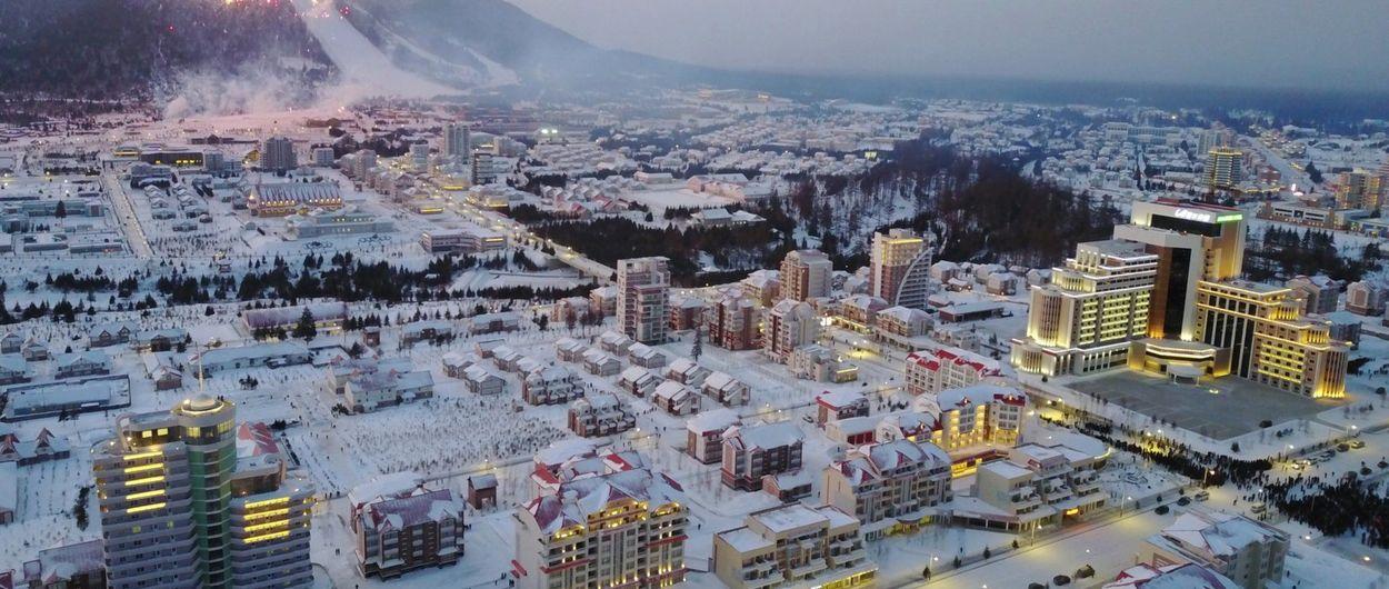 Kim Jong-Un inaugura una nueva estación de esquí en Corea del Norte