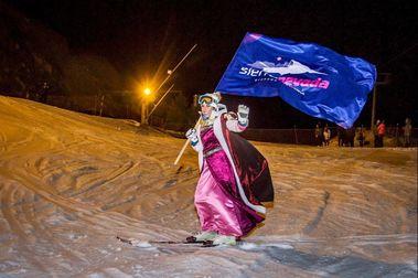 Los Reyes Magos llegan esquiando a Sierra Nevada