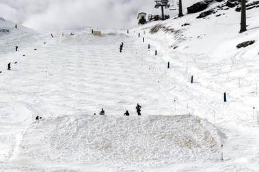 Sierra Nevada abrirá 90 km durante los Mundiales de Freestyle