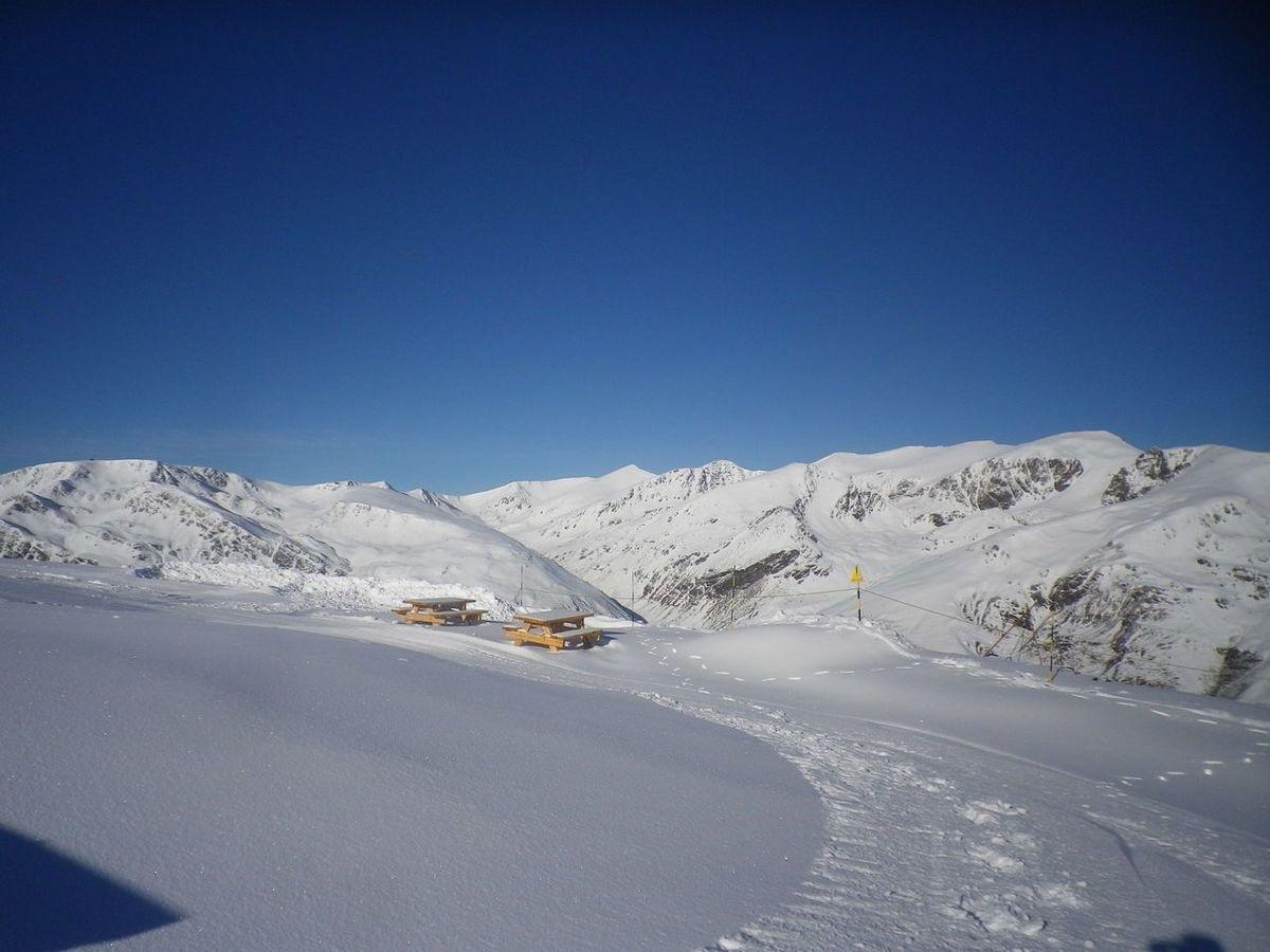 Port puymorens ampl a su dominio esquiable hacia la zona for Porte puymorens