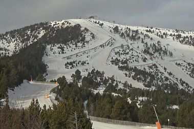 Andorra valora cerrar su temporada de esquí a final de este mes de marzo