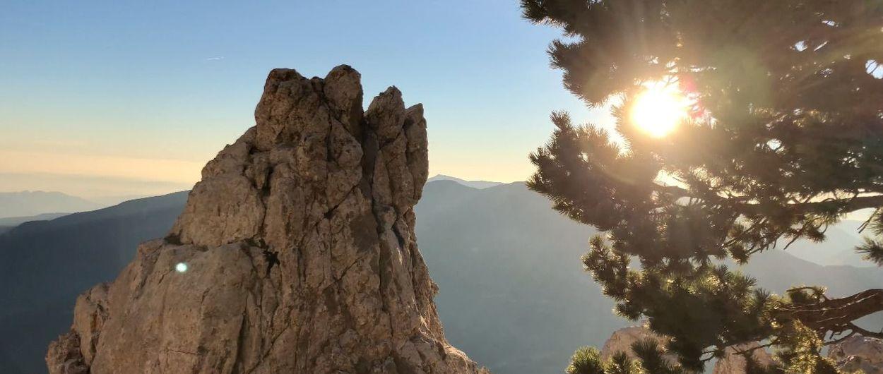 REFUGIO LLUÍS ESTASEN - PEDRAFORCA Travesía de cumbres en dos días