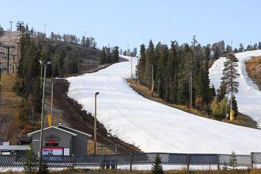 Ruka abre la temporada de esquí en el hemisferio norte