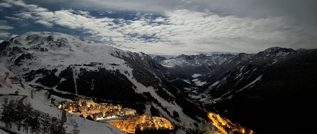 Esquiando o mejor dicho, tocando NIEVE en octubre en Baqueira