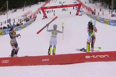 Mikaela Shiffrin se lleva el Slalom de Jasna