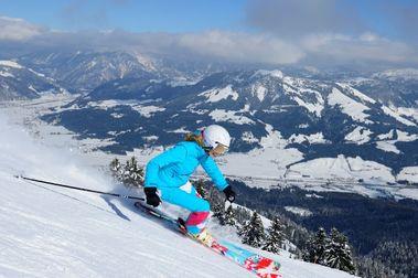 Skistar vende la estación de esquí de St. Johann in Tirol por 2 euros