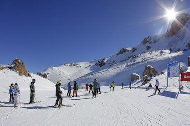 Sol y nieve en La Parva