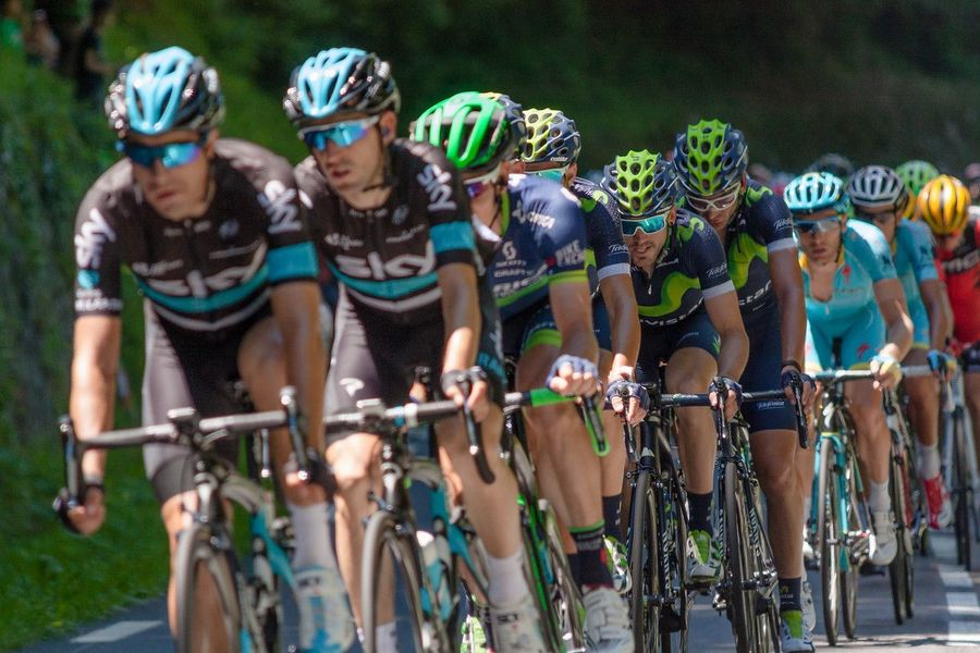 Ciclistas en etapa del Tour de 2016