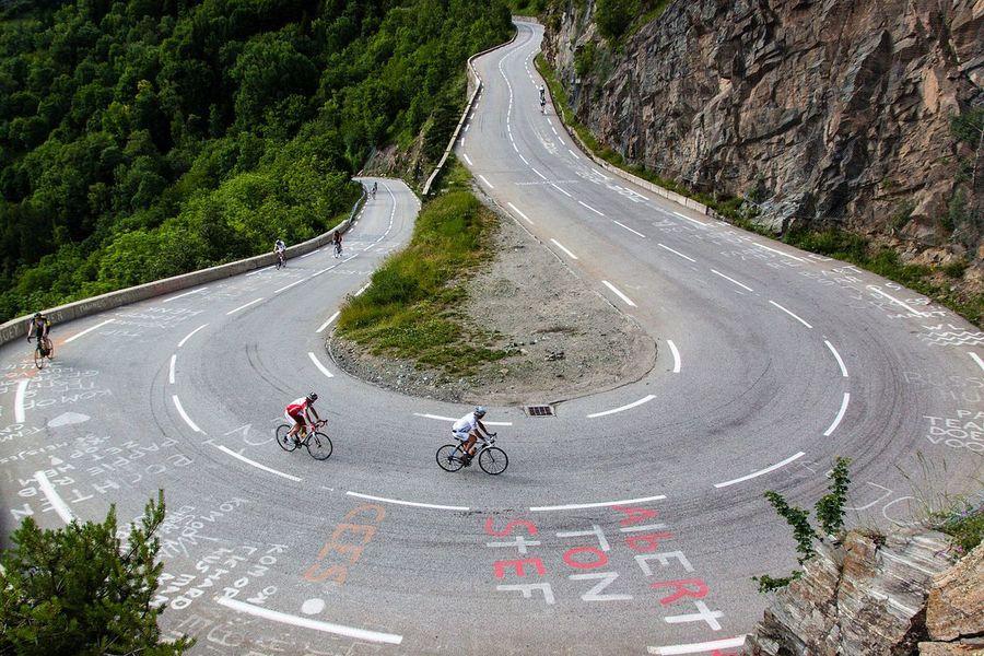 Ascensión a Alpe d'Huez (Autor Robbie Shade)