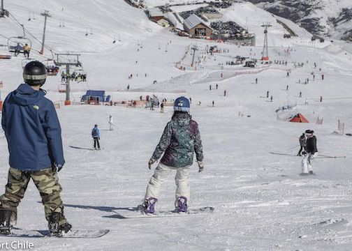 Centros de ski podrán recibir esquiadores con pase de movilidad los fines de semana