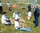 Voluntarios revegetan Alto Campoo