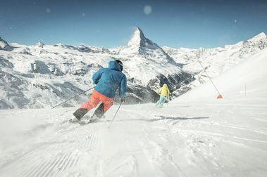 Zermatt te bloqueará el forfait para esquiar si no llevas la mascarilla