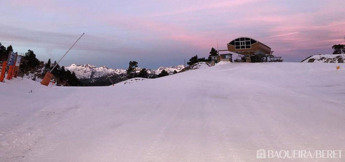 Las estaciones de esquí abren más kilómetros de pistas de lo previsto