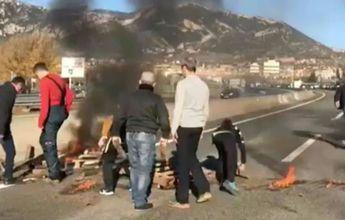 Los CDR tratan de boicotear a los esquiadores catalanes