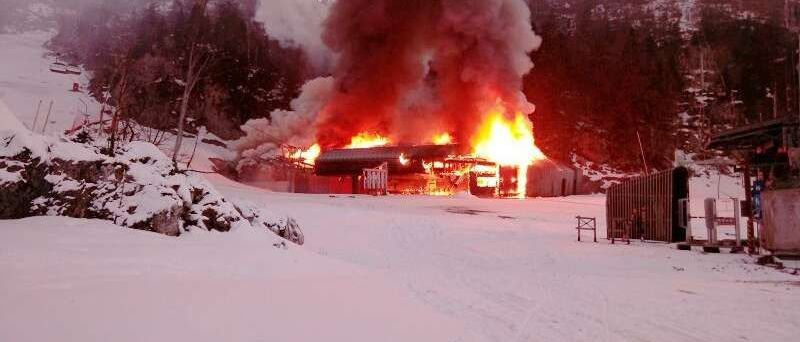Se incendia un telesilla en la estación de esquí de La Pierre de Saint Martin