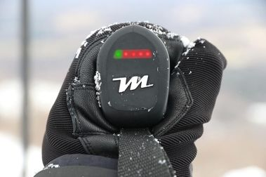 Los primeros bastones de esquí con calefacción en la empuñadura