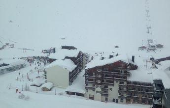 Varios esquiadores sepultados en una nueva avalancha en Tignes