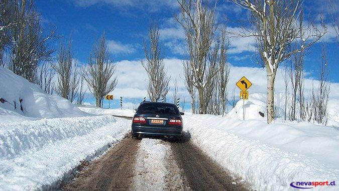 Hasta $12.500 costaría peaje en nuevo Camino a Farellones