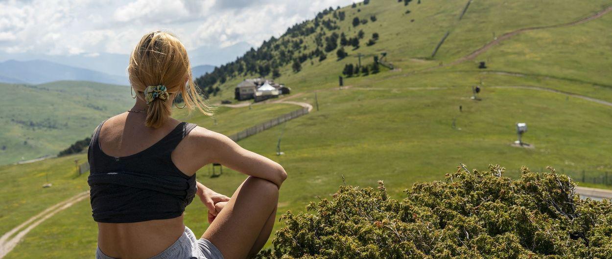 Las estaciones de esquí en los Pirineos de Cataluña, también en verano