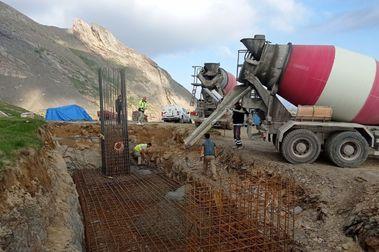 Empieza la instalación del nuevo telesilla de Cerler hacia Castanesa