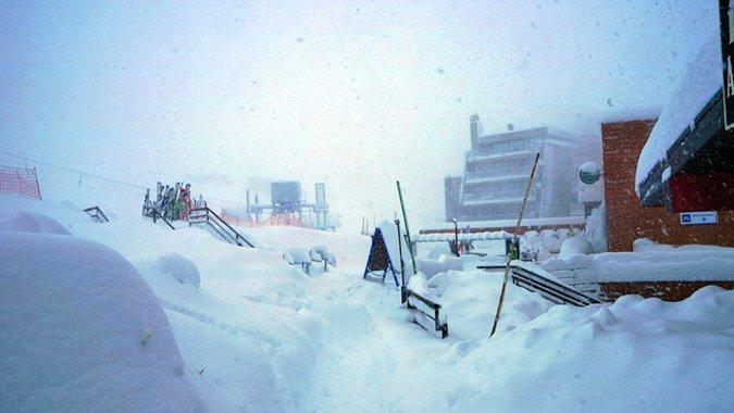 Snow Report: Hasta 1 mt. de nieve cayó en Los Tres Valles