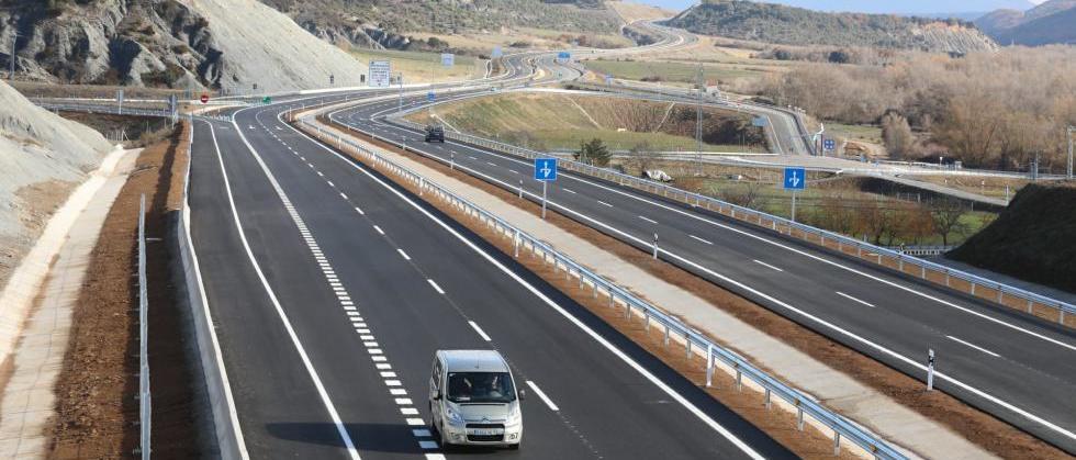 Abre un nuevo tramo de la autovía de Jaca con la nueva temporada de esquí