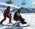 Deporte y Desafío y Fundación Barclays organizan un curso de esquí para personas con discapacidad en Granada