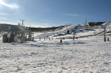 Javalambre abre su temporada de esquí y lo hace 'a lo grande'