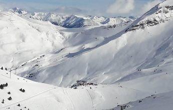 Medio metro de nieve nueva dejan Aramón con más de 250 km
