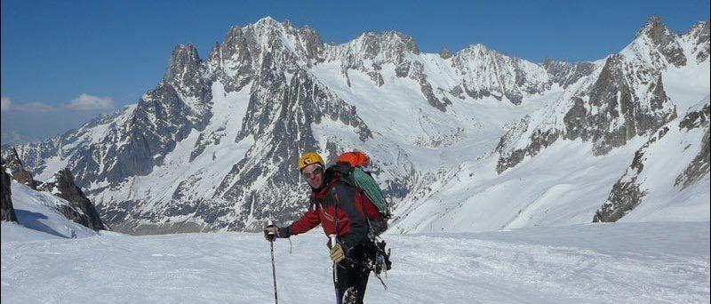 Mt. Blanc du Tacul: Goulotte Gabarrou-Albinoni: 500mts, III, 4+